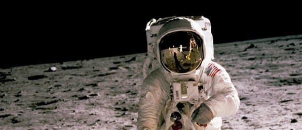 https://ml5rlzfkzkyi.i.optimole.com/YSXDwFo-RMHgl4_2/w:auto/h:auto/q:auto/https://hivens.no/wp-content/uploads/2021/03/astronautbilde.jpg